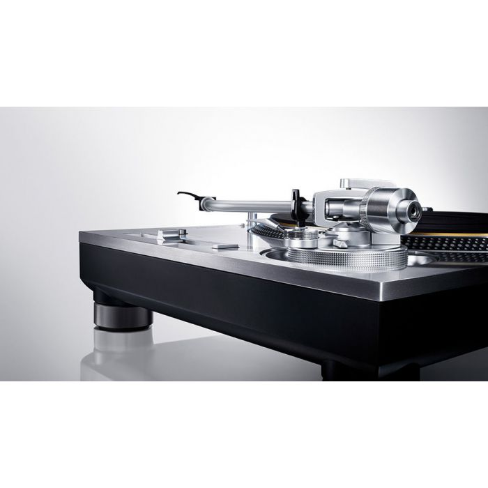 Technics Direct Drive Turntable System SL-1200GR silver